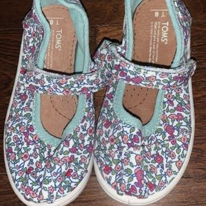 Toms toddler floral Mary Janes